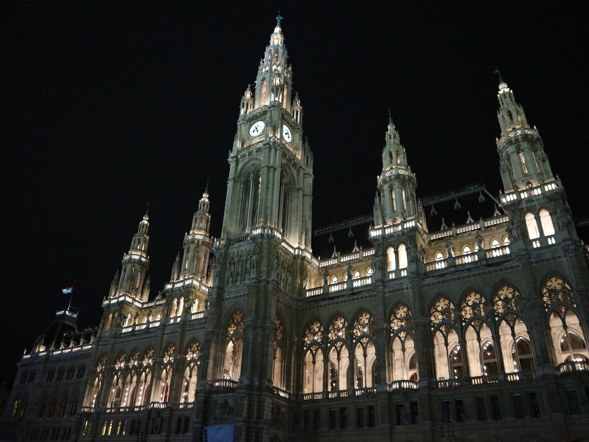 The Rathaus.